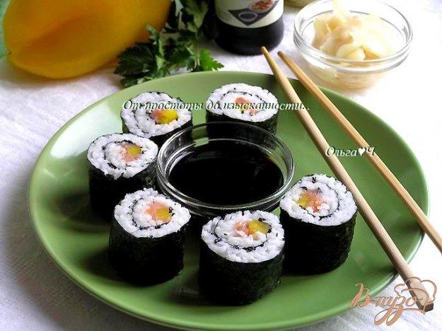 Рецепт Роллы с лососем, сладким перцем и кунжутом