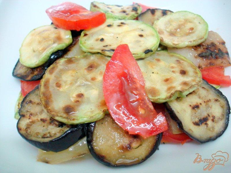 Фото приготовление рецепта: Салат из овощей гриль шаг №5