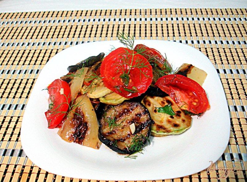 Фото приготовление рецепта: Салат из овощей гриль шаг №6
