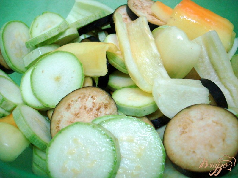 Фото приготовление рецепта: Салат из овощей гриль шаг №2