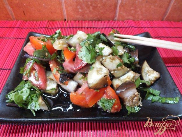 Рецепт Салат из печеных баклажанов с молодым щавелем