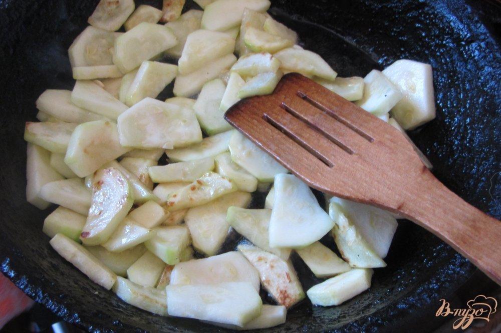 Фото приготовление рецепта: Овощное ассорти в томатной заливке шаг №1