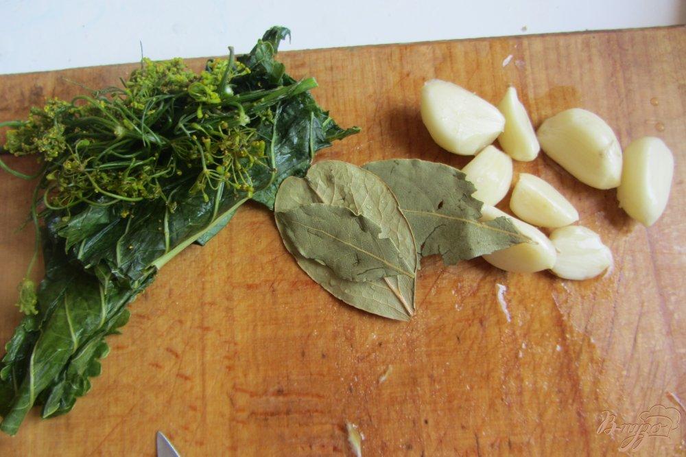 Фото приготовление рецепта: Хрустящие огурчики на зиму шаг №3