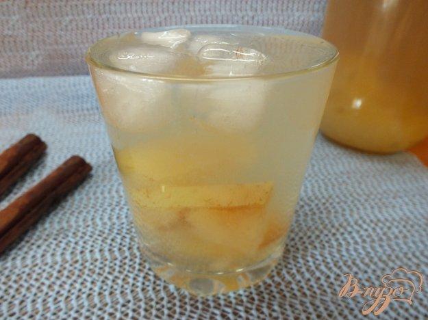 Рецепт Яблочный компот с изюмом, курагой и кардамоном