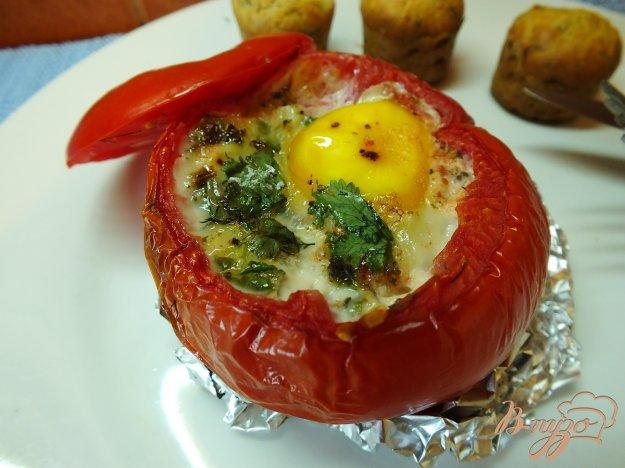 Рецепт Помидор запеченный с яйцо и зеленью