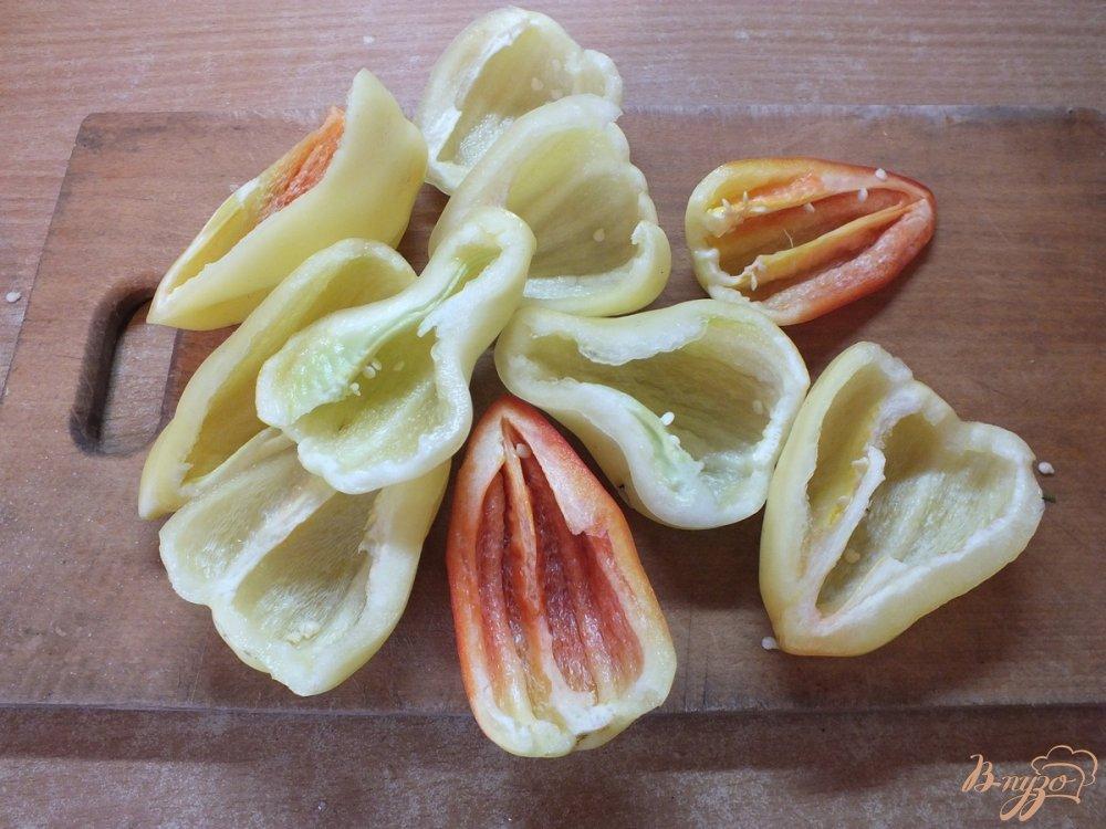 Фото приготовление рецепта: Консервированные перцы чили+болгарские шаг №1