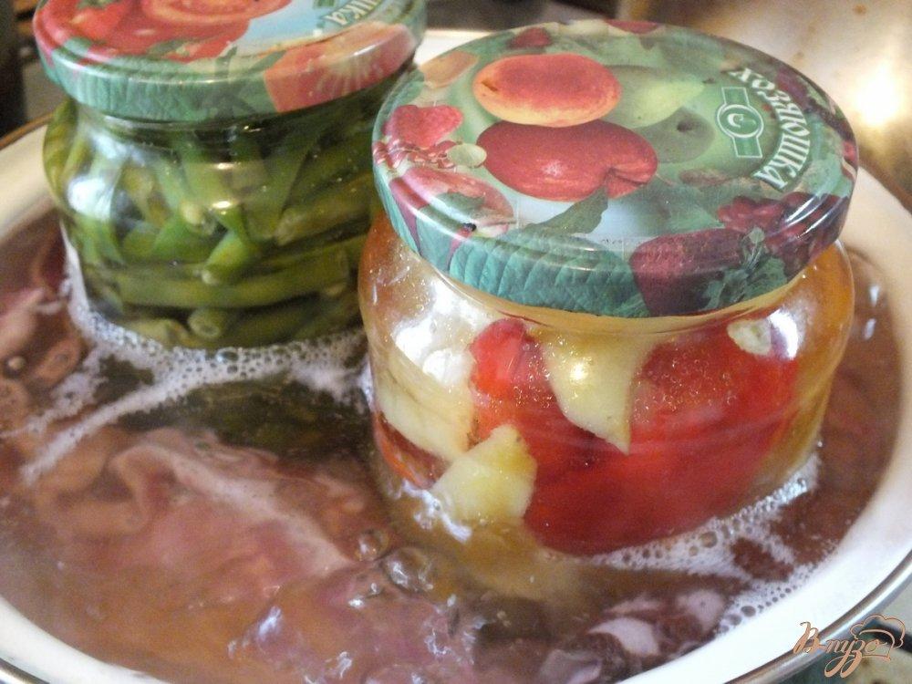 Фото приготовление рецепта: Консервированные перцы чили+болгарские шаг №9