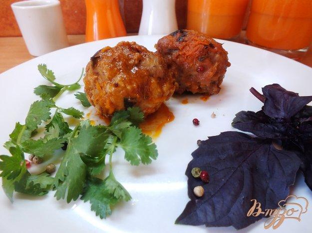 Рецепт Тефтели тушеные в базиликово-томатной подливе