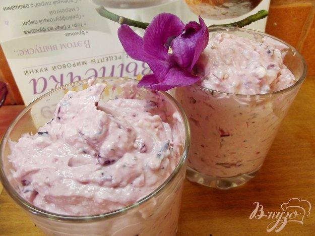 фото рецепта: Творожный мусс из смородины