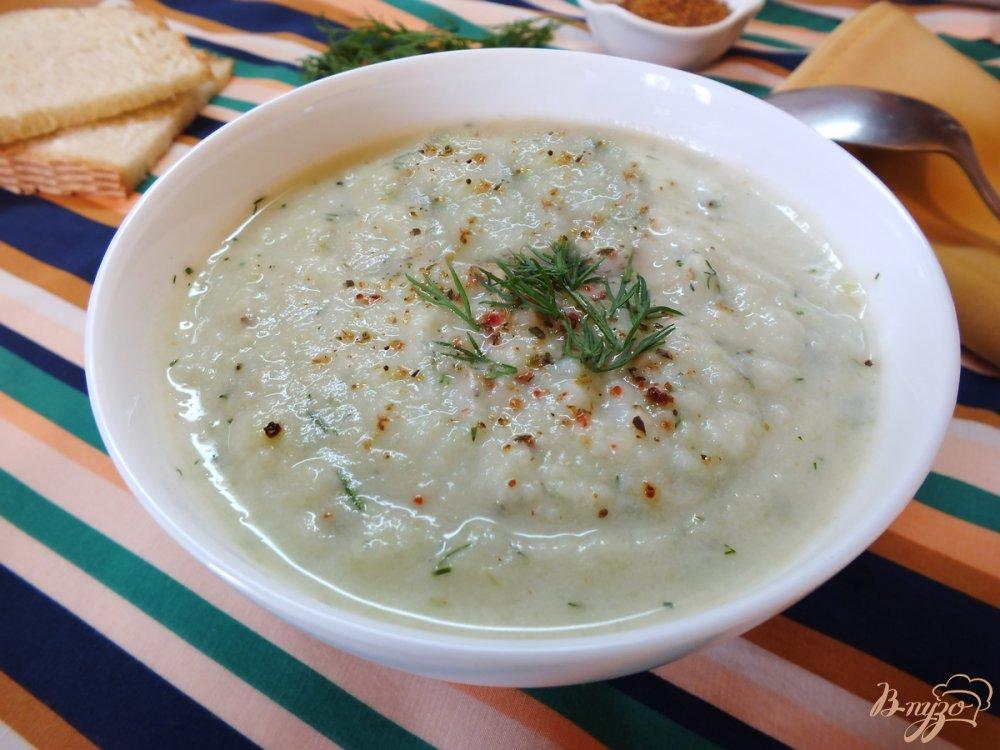 Фото приготовление рецепта: Летний крем-суп из сельдерея шаг №8