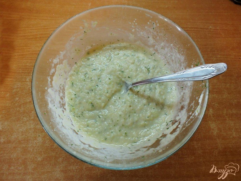 Фото приготовление рецепта: Летний крем-суп из сельдерея шаг №7
