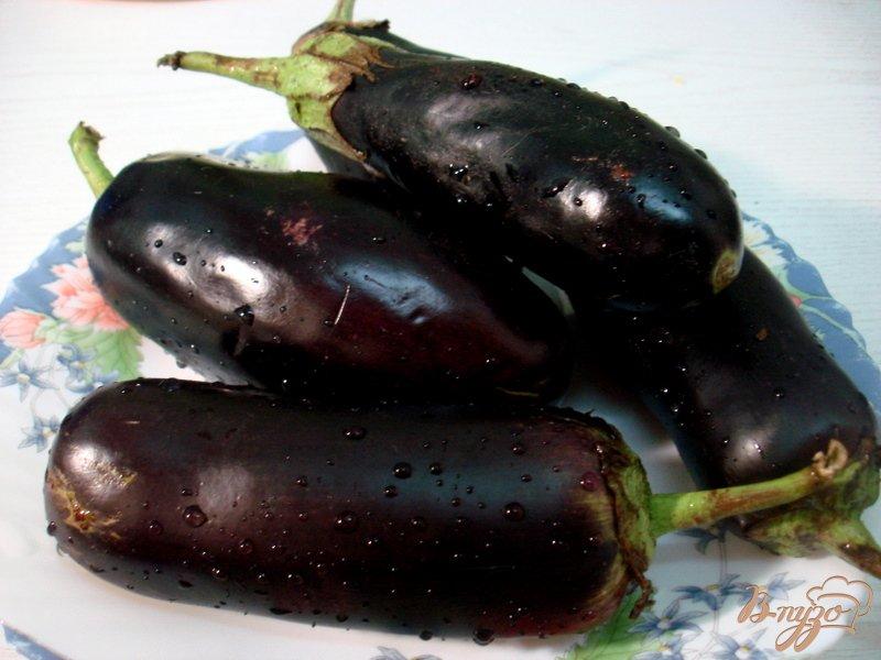 Фото приготовление рецепта: Заготовка перца с баклажанами шаг №3