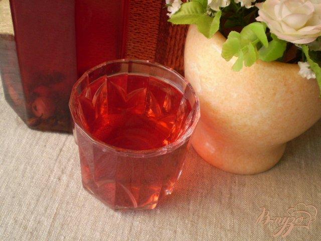 Фото приготовление рецепта: Полезный компот с эхинацеей и вишней шаг №4