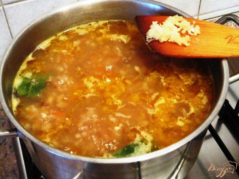 Фото приготовление рецепта: Гречневый суп с мясом шаг №13