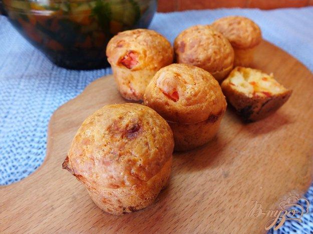 Рецепт Кексы с помидорами и сулугуни
