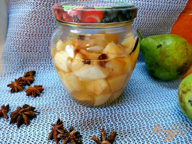 фото рецепта: Консервированная груша  со специями в собственном соку