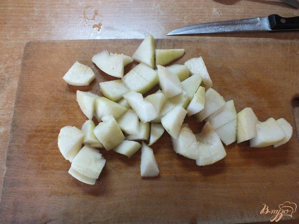Фото приготовление рецепта: Консервированная груша  со специями в собственном соку шаг №2