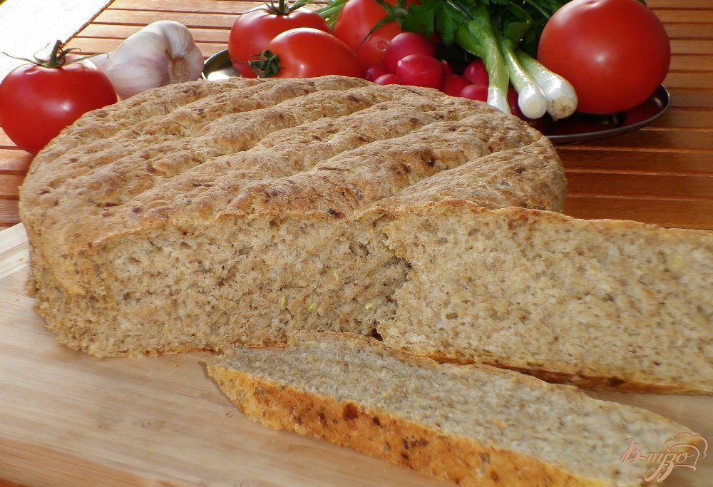 Фото приготовление рецепта: Хлеб с цуккини и луком шаг №9