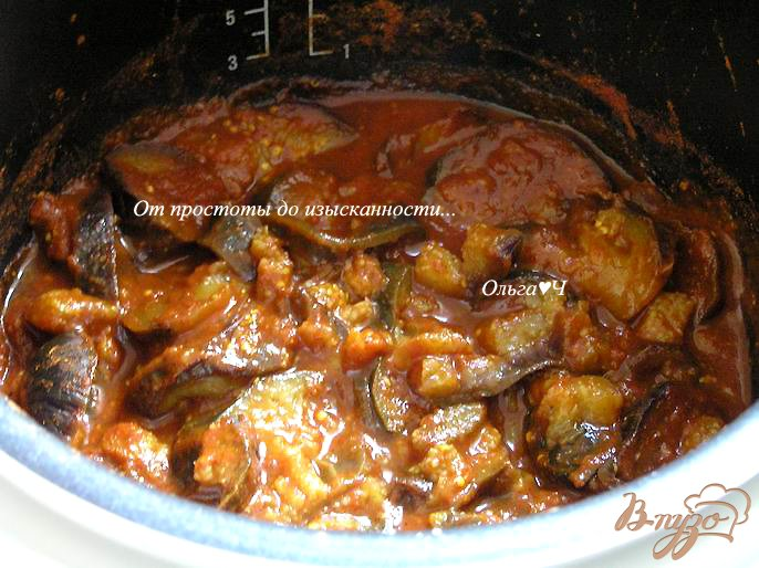 Фото приготовление рецепта: Баклажаны в томатном соусе (в мультиварке) шаг №4