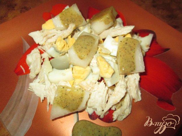 Рецепт Салат с дыней и курицей