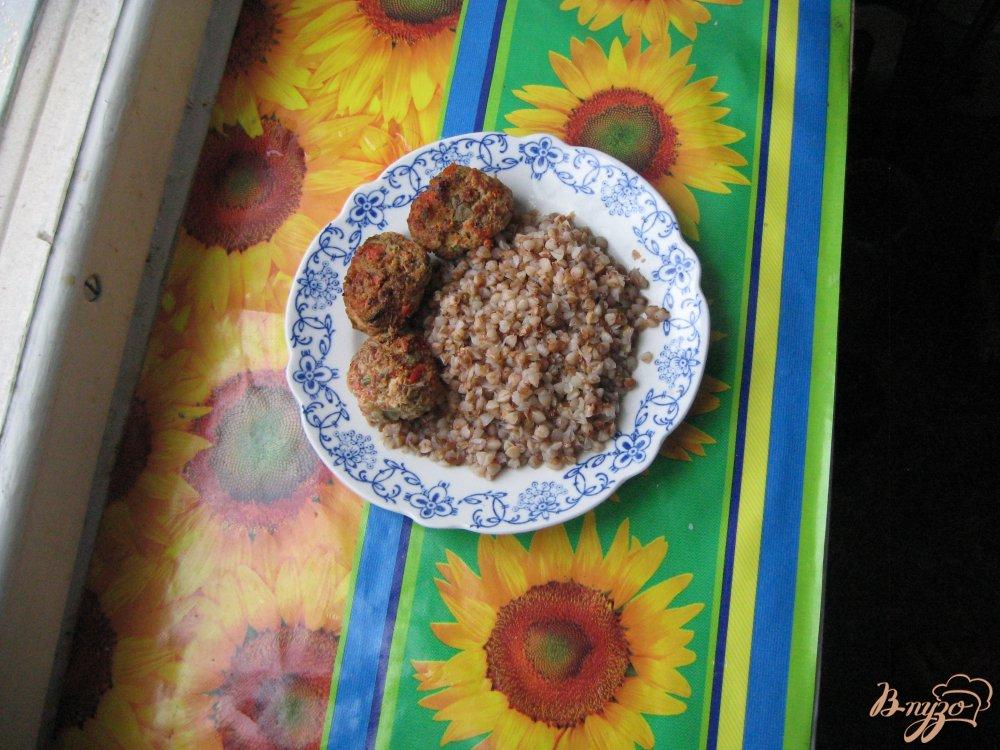 Фото приготовление рецепта: Витаминные  котлеты шаг №5