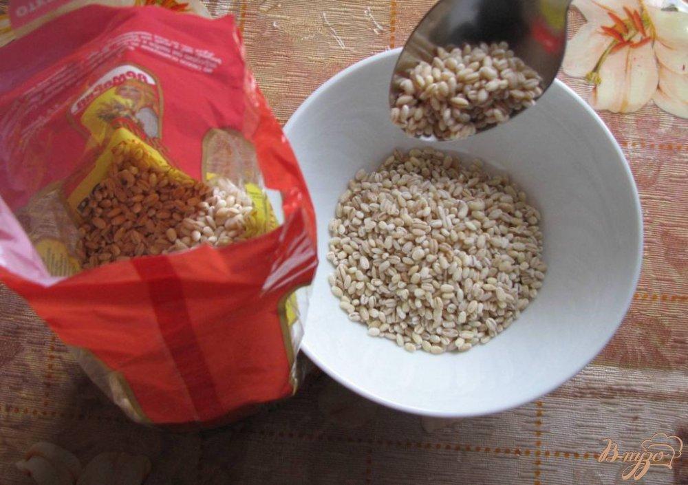 Фото приготовление рецепта: Легкий суп с перловкой шаг №5