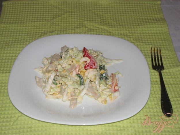 Рецепт Салат с кальмаром и пекинской капустой