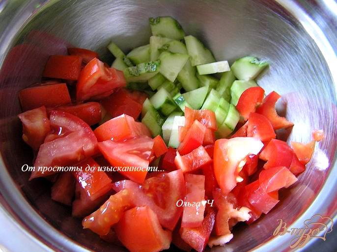 Фото приготовление рецепта: Греческий салат с брынзой шаг №1