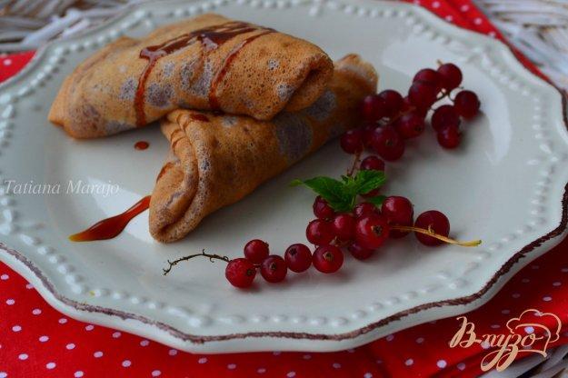 Рецепт Овсяные блинчики со смородиновым сиропом