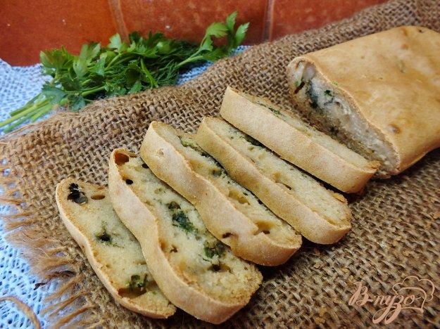 фото рецепта: Закусочный хлеб с зеленью на воде