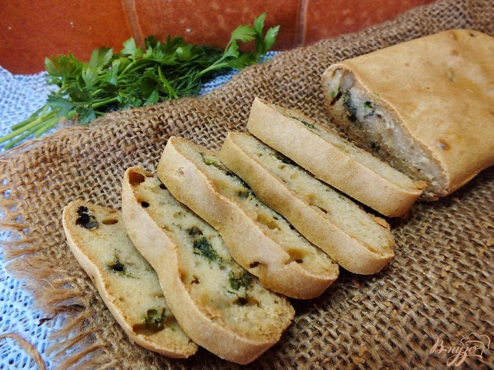 Фото приготовление рецепта: Закусочный хлеб с зеленью на воде шаг №6