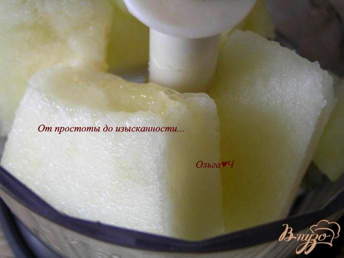 Фото приготовление рецепта: Сладкий дынный хлеб шаг №1