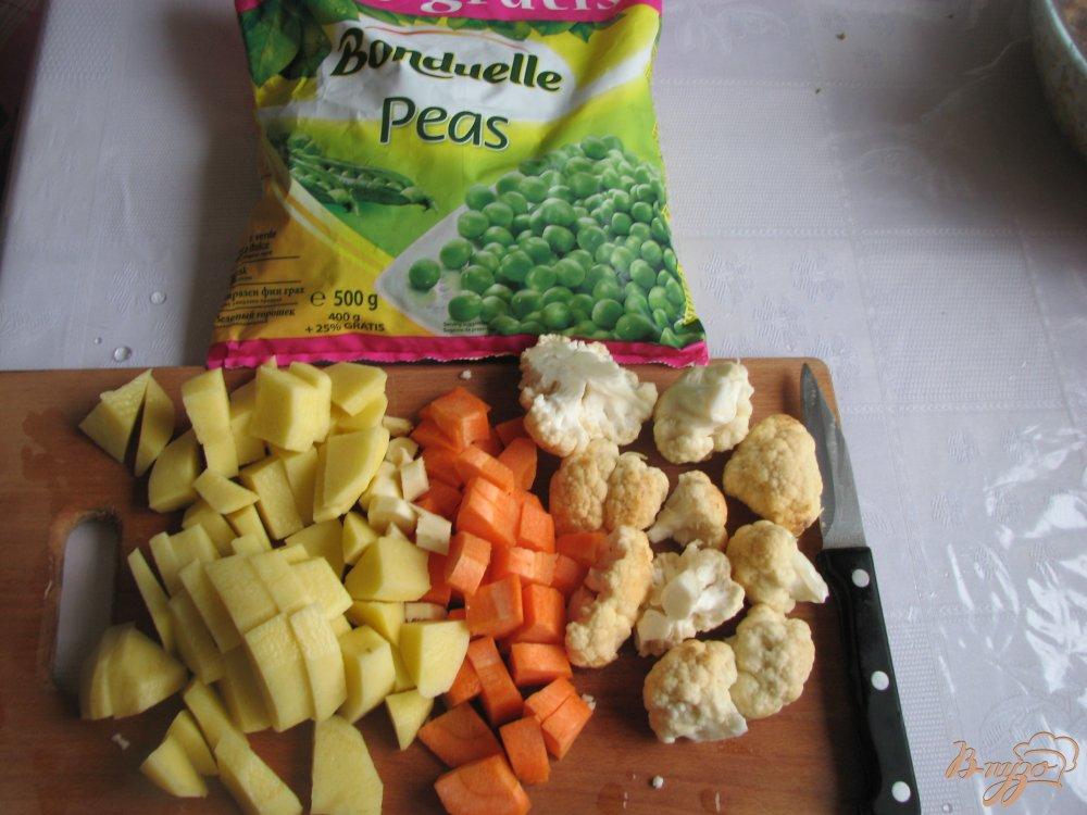 Фото приготовление рецепта: Суп с зеленым горошком шаг №2
