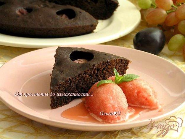 Рецепт Шоколадный манник со сливами (в мультиварке)