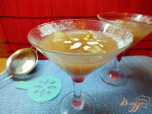 Рецепт Алкогольный десерт из яблок, винограда, меда и и виски