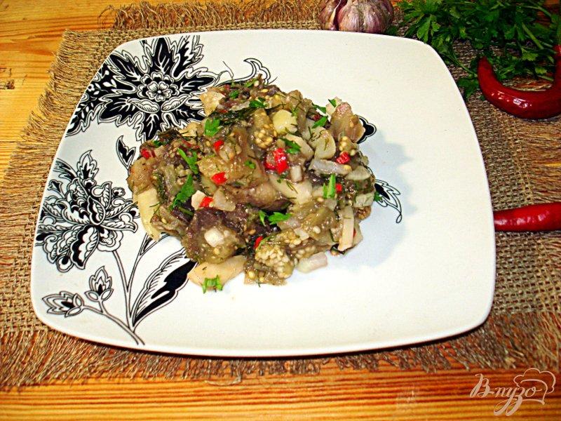 Фото приготовление рецепта: Салат из баклажанов, острый шаг №7