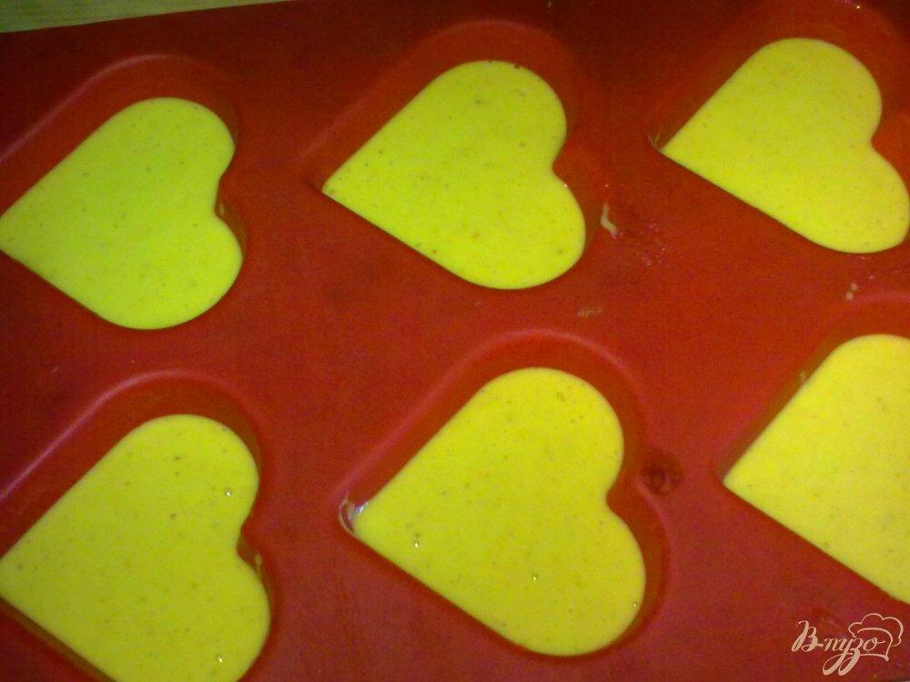 Фото приготовление рецепта: Кексы с пряностями шаг №3