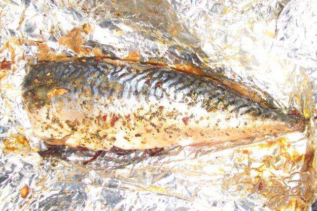 Рецепт Скумбрия, запеченная в фольге с лимоном и специями