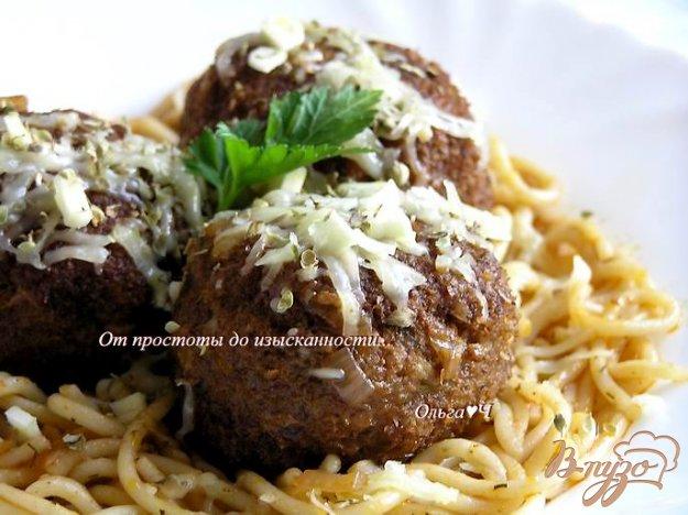 фото рецепта: Тефтели в томатном соусе со спагетти