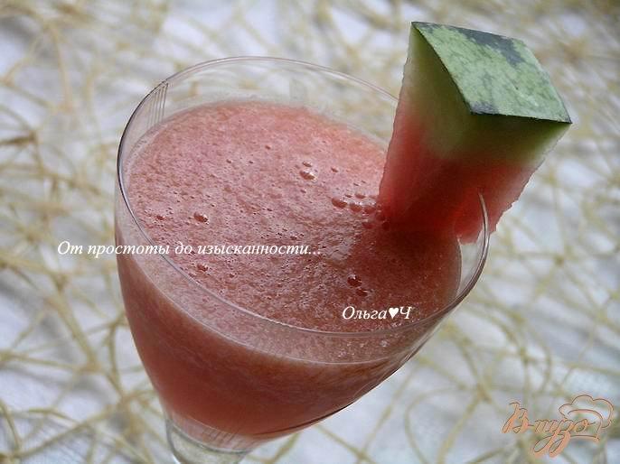 Фото приготовление рецепта: Арбузно-ананасовый коктейль шаг №3