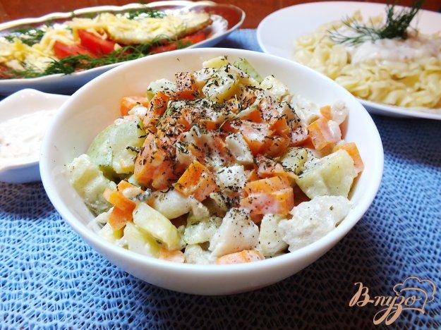 фото рецепта: Салат с отварной рыбой
