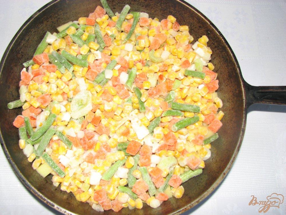 Фото приготовление рецепта: Овощи печеные Сковородка с грибами шаг №4