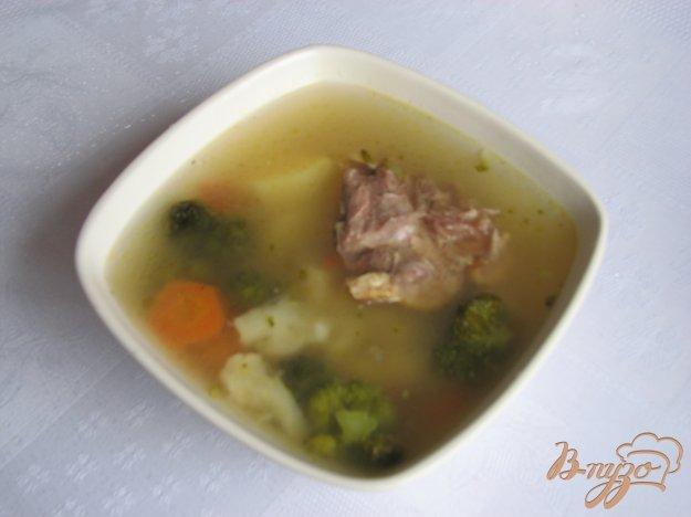 фото рецепта: Куринный суп с брокколи