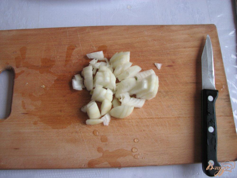 Фото приготовление рецепта: Куринный суп с брокколи шаг №2