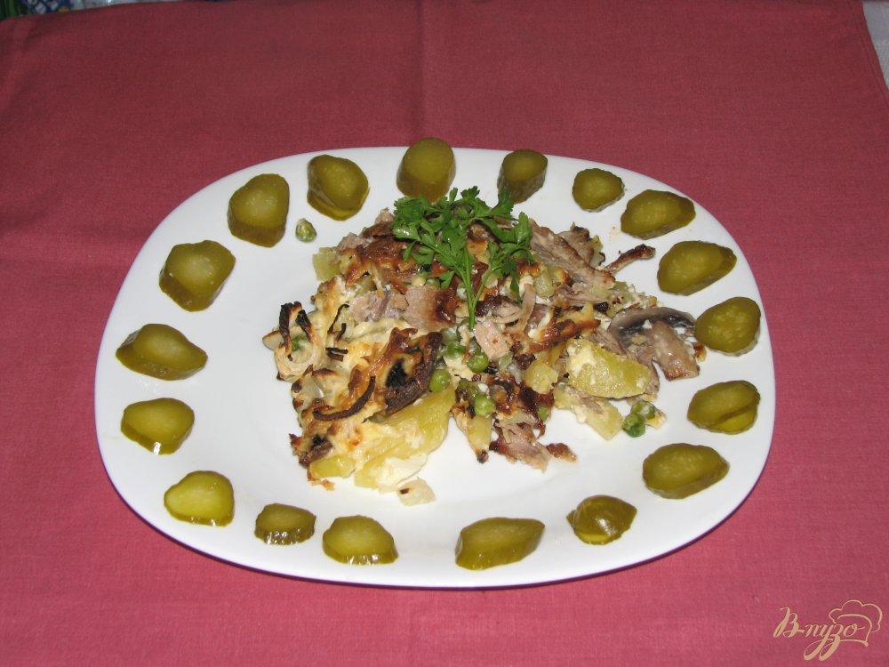 Фото приготовление рецепта: Мясо с овощами под сырной шапкой. шаг №7