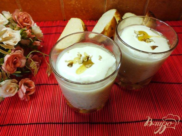 Рецепт Овсяная каша с фруктами, медом и взбитой сметаной