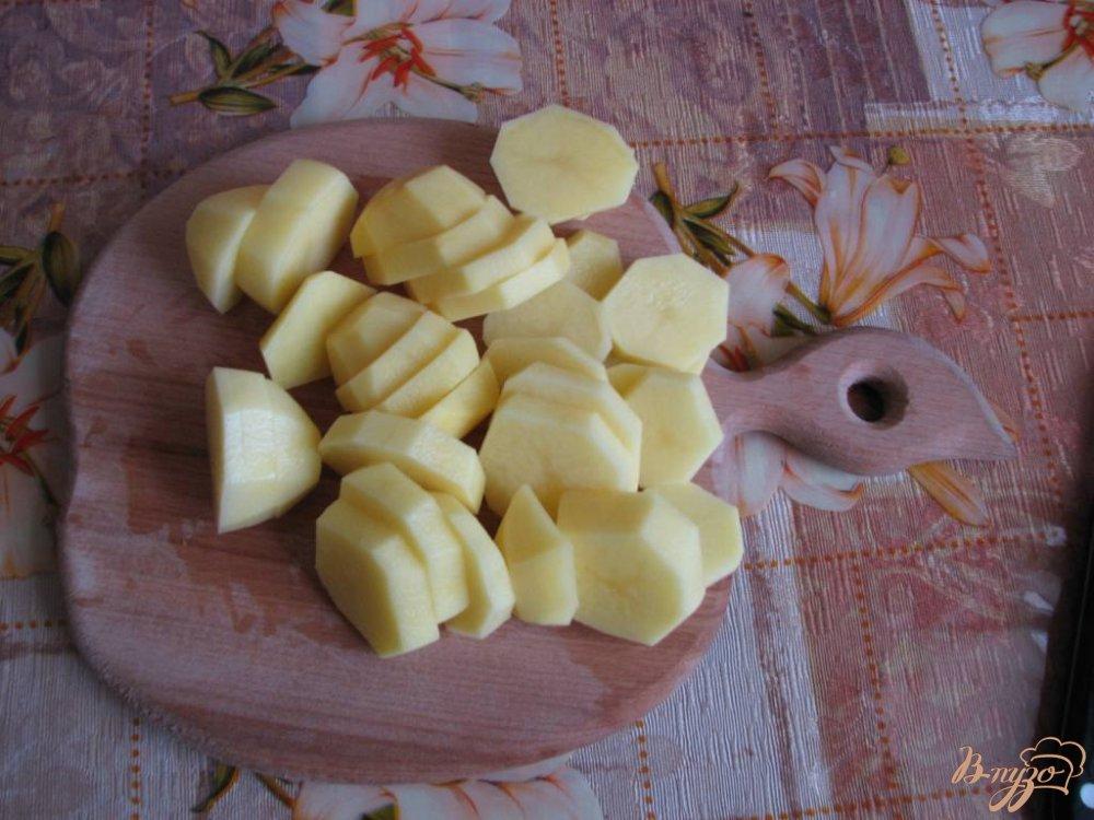 Фото приготовление рецепта: Картофель с овощами, тушеный по-домашнему шаг №1