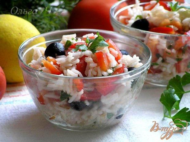 Теплый салат с рисом по-средиземноморски