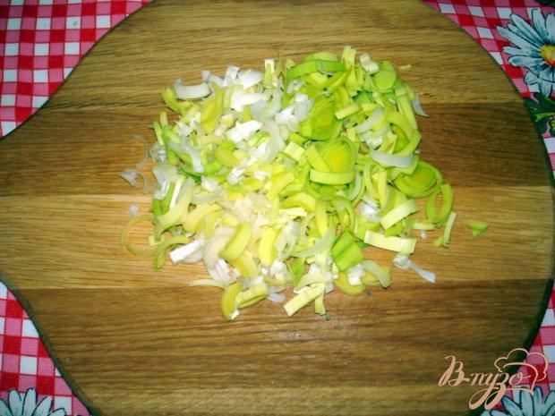 Жареная капуста с горошком и грибами