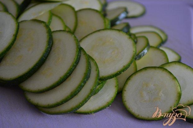 Салат из цукини с беконом